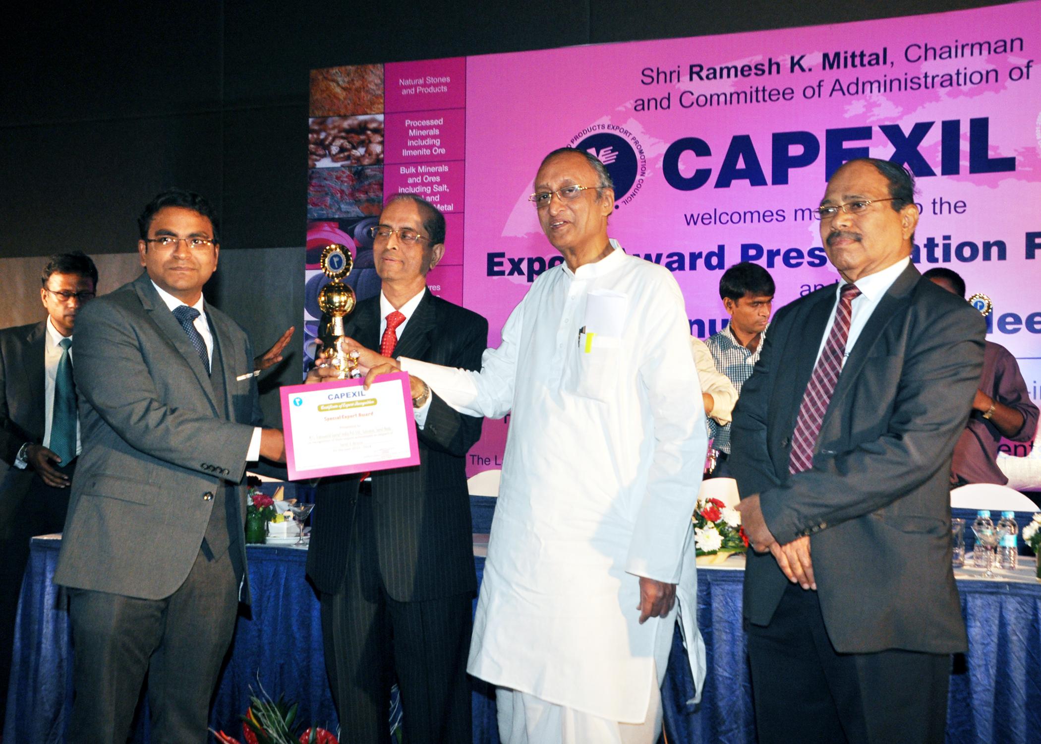 tgi-capexil-award-received-by-subbu-2013-14